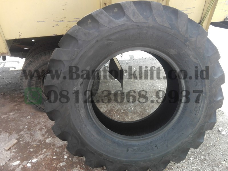 Jual Ban Asphalt finisher 15.5 - 25 Gajah Tunggal