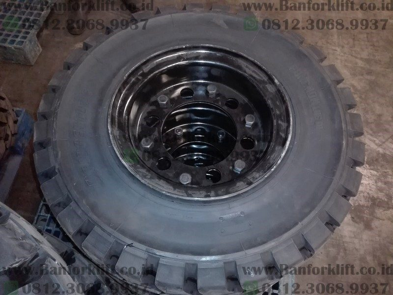 Ban Forklift Solid 7.00-12 Bridgestone