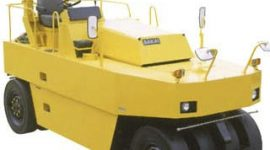pnematic tire roller